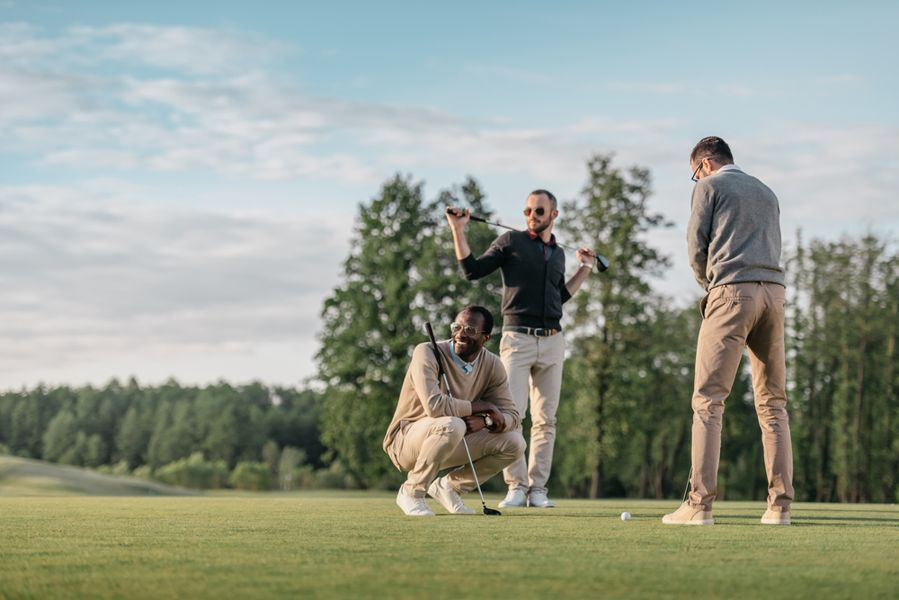 9ee05fb3fa9fc How to Dress Like a Pro Golfer: Best Brands to Wear - Golfsupport Blog