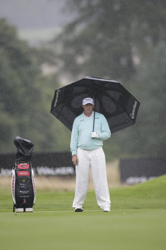 how does rain affect the way you play golf?