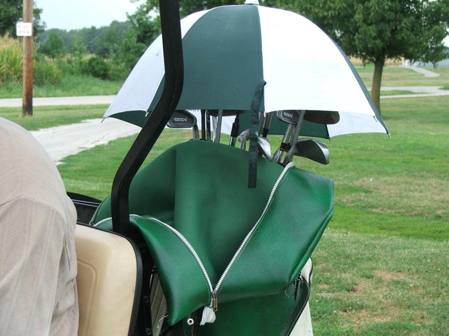 prepare for the worst weather when playing golf in the rain